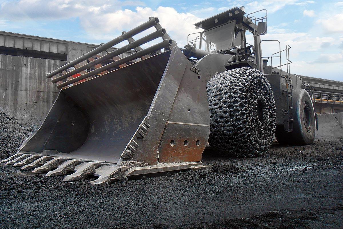 Benne, forche e attrezzature per cave e miniere